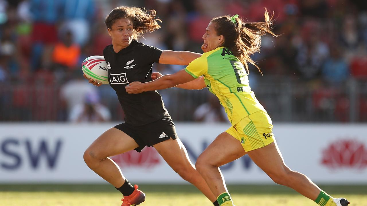 Play Rugby In New Zealand (Women's)
